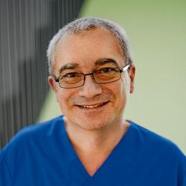 Доктор Роберт Кихн