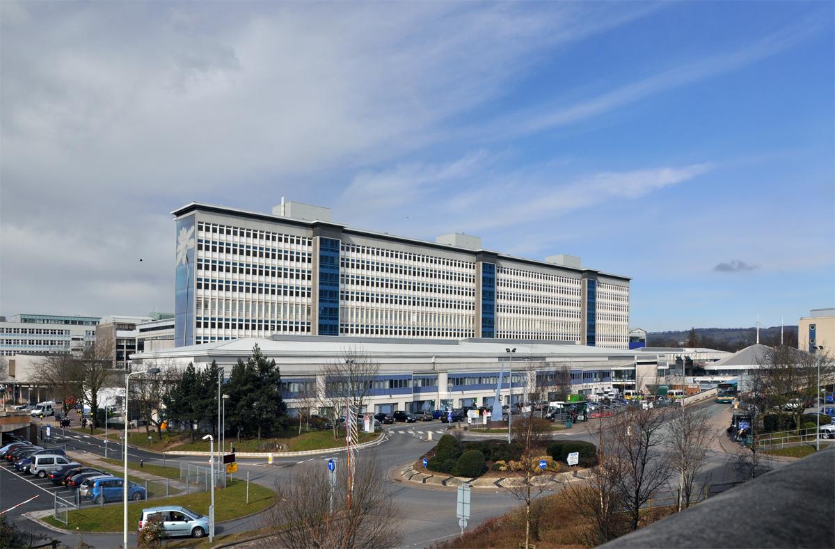 Университетская больница Уэльса